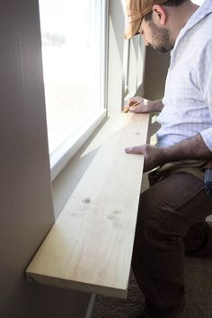 DIY Easy Craftsman Window Trim DIY Easy Craftsman Window Trim - Hi, friends! It's Lauren from Bless'er House, and I'm thrilled to be back sharing more DIY goodness from our latest house shenanigans.