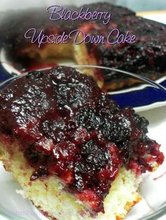 Blackberry Upside Down Cake -- a family favorite - with blackberries from the freezer www. Blackberry Upside Down Cake, Blackberry Dessert, Blackberry Recipes, Fruit Recipes, Cupcake Recipes, Sweet Recipes, Baking Recipes, Cupcake Cakes, Dessert Recipes