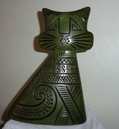 A most unusual Abstract Modernist Art Pottery Cat Sculpture, no?