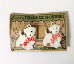 Vintage 1940s FIGURAL CURTAIN TIE-BACKS SET MOC White SCOTTIE DOG RARE (2)