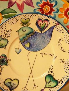 Porcelana Ceramic Bird Bath, Ceramic Birds, Ceramic Decor, Ceramic Plates, Painted Plates, Hand Painted Ceramics, Pottery Painting, Ceramic Painting, Dream Drawing