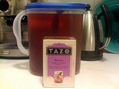 Make ur own Shaken Tazo® Iced Passion® Tea (unsweetened) from Starbucks Then add lemonade! Passion Tea Recipe, Non Alcoholic Drinks, Beverages, Cocktails, Iced Tea Recipes, Tazo, Smoothie Drinks, Smoothies, Fruit Tea