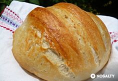 Ungersvenden: Jim Laheys bread in a pot Croation Recipes, Jim Lahey, Hungarian Recipes, Challah, Scones, Food And Drink, Facebook, Buns