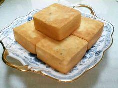 台湾 パイナップルケーキ 鳳梨酥の画像