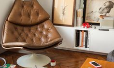 Salon Fauteuil Cuir Appartement Paris Charlotte Vauvillier et Jean Baptiste…