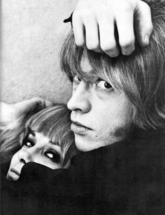 """Brian Jonex and Anita Pallenberg. Brian Jones passed away early in the Stones career. He was sort of the """"cute one"""" the way Paul McCartney was in the Beatles. The Stones recovered though, and carried on. The Rolling Stones, Brian Jones Rolling Stones, Anita Pallenberg, Jimi Hendricks, Muse, Marianne Faithfull, Hippie Man, British Rock, Keith Richards"""