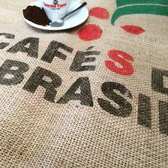Buongiorno!!! Per fare un buon #Espresso bisogna andare lontano!!! #Arabica #Santos #Brasile  #ilcultodelcaffè