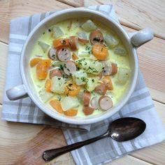 Möhren und Kohlrabi - für mich eine perfekte Kombi. Mein Mutter machte das Gemüse immer in Bechamelsauce mit kleinen Hackbällchen oder Würs...