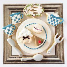 Instagram media by fiocco_cookies - 『Sweet tea time』 ティータイムがテーマのアイシングクッキー♪ 神戸ロフト・梅田ロフトさんにて1月中旬からディスプレイ予定です。 詳しくは後日お知らせ致します。 #icingcookies#sugarcookies #decoratedcookies #customcookies #royalicing #teatime#sweets #アイシングクッキー #アイシングクッキー教室 #神戸 #ティータイム