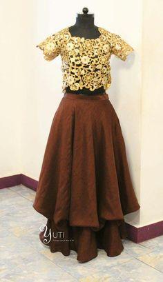 Brown Layered Skirt paired with Cutwork Antique Gold blouse by YUTI! For Orders and Queries reach us at 044-42179088 or WhatsApp: 9789903599 Address: No21, Valmiki Street, Thiruvanmyur, Chennai. #layeredskirt #layeredlehenga #cutworktop #cutworkblouse #brownandgold #yutiforbridesmaids #yuti #YUTIDesignerHouse #yutiforbrides #bridaldesigner #chennaidesigner #chennaifashionhouse
