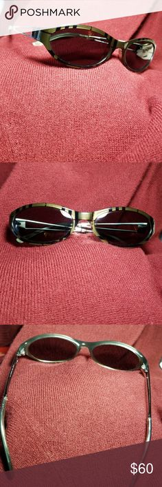 a125bf7cb5b 😎😍Burberry sunglasses Like new condition. Made in Italy. B I have a case  I can include but it s Giorgio Armani black case and slightly scratched on  ...