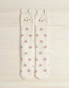 Ok I need to get me a pair of these! v 2019 Fuzzy Llama stockings? Ok I need to get me a pair of these! v The post Fuzzy Llama stockings? Ok I need to get me a pair of these! v 2019 appeared first on Socks Diy. Alpacas, Cute Socks, My Socks, Fleece Socks, Warm Socks, Llama Socks, Llama Llama, Baby Llama, Funny Llama