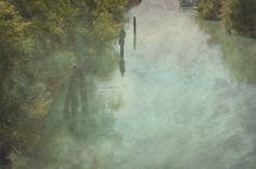 Riflessi nel canale come un dipinto