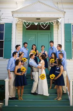 navy and sunflowers...same colors and flowers i want!
