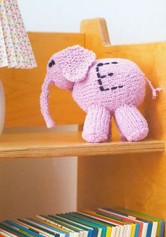 Feature craft: Easy to knit toy animals for kids | The Make and Do Blog