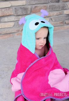 Butterfly Hooded Towel tutorial on I Heart Nap Time. Has tons of other hooded towels and tutorials as well.