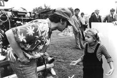 30 Awesome Behind The Scenes Photos From Old Movies Little Drew Barrymore gets direction on the set of E.T.