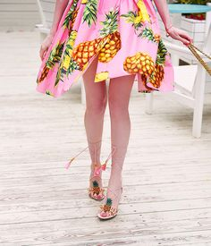 Dolce & Gabbana pineapple sandals   #dolcegabbana #dolcegabbanadress #pineappleprint #dolcegabbanasummer