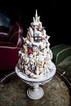 Wedding Ideas Skull Cake http://libertypearlphotography.com/