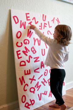 """Half Sheet Plywood for H and E. Flannel cloth to fit(staple it on) and Make or buy the letters. Patience says """"buy"""" them. Winter Activities For Kids, Indoor Activities, Felt Letters, Alphabet Letters, Letter Activities, Learning Activities, Early Learning, Kids Learning, Projects For Kids"""