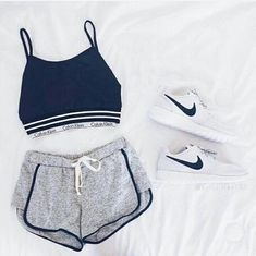 Calvin Klein sports bra/shirt, gray shorts, white nike roshe - Another! Lazy Outfits, Nike Outfits, Cute Casual Outfits, Sport Outfits, Summer Outfits, Fashion Outfits, Workout Outfits, Nike Fashion, Style Fashion