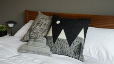 Donna-Wilson-Cushions Monochrome Bedroom, Bedroom Black, Cloud Cushion, Cushion Pads, Black And White Cushions, Bed Company, Moon Design, Printed Cotton, Contemporary