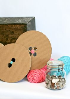 ButtonArtMuseum - DIY Giant Buttons from Cardboard #sewingparty #tutorial #buttons