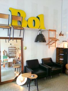 New Styling, Interior, Our Store, Decoration, yellow, Neon, Reklame, vintage furnitures, IndustrieLeuchte