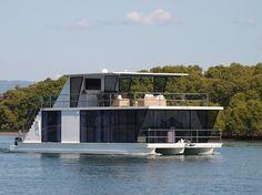 G-52 - Havana Houseboats