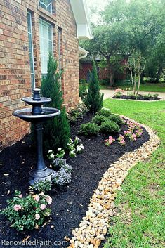 Best Front Yard Landscaping Ideas On a Budget (DIY Landscape Design) - - Want to redo your yard but don't know where to begin? Don't start your DIY landscape design without these simple front yard landscaping ideas on a budget! Landscaping Supplies, Modern Landscaping, Front Yard Landscaping, Backyard Landscaping, Backyard Ideas, Landscaping Software, Landscaping Design, Landscaping Contractors, Porch Ideas