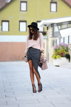 Nice outfit http://fashionhippieloves.com