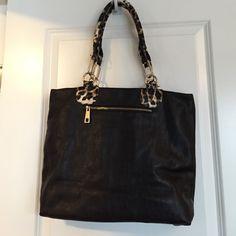 Cache handbag Good condition Cache Bags