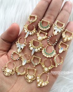 Bijoux Piercing Septum, Cool Piercings, Septum Jewelry, Helix Piercings, Ear Jewelry, Jewelery, Jewelry Accessories, Jewelry Design, Piercings Bonitos