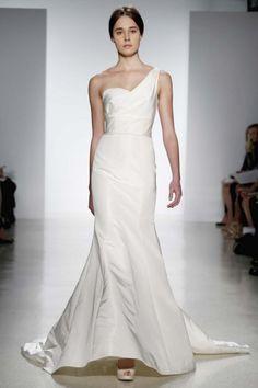 Hôm nay áo cưới che ri xin chia sẻ một số kinh nghiệm về chụp hình cưới, đây có thể là những kinh nghiệm giúp bạn trong những ngày cưới , ngày đặt biệt của mình.