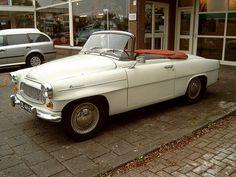 1960 Skoda Felicia Old Cars, Vintage Cars, Cool Photos, Classic Cars, Automobile, Future, Vehicles, Autos, Cars