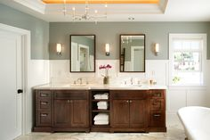 Modern Craftsman bathroom - Hill Construction Company San Diego Custom Homes