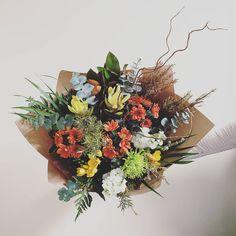 Pebble and Dot Fresh Flowers, Thursday, Floral Wreath, Colorful, Wreaths, Happy, Bouquets, Instagram, Decor