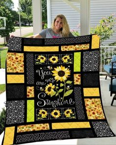 Sunflower - You Are My Sunshine Quilt Blanket - Single Quilt 3d Quilts, Patchwork Quilting, Rag Quilt, Easy Quilts, Quilt Blocks, Crazy Quilting, Crazy Patchwork, Amish Quilts, Quilting Projects