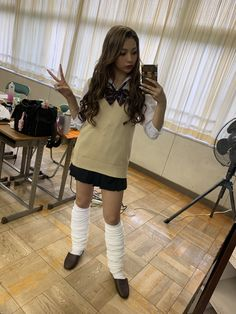School Girl Outfit, Girl Outfits, Loose Socks, Popteen, Japanese School Uniform, Cute Girl Photo, Girls Socks, Gyaru, Girl Photos