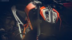 Sticking to our traditions of adorning your devices with beautiful wallpapers, this time we bring you the 2017 KTM Duke 390 HD wallpapers. This is one beautiful motorcycle, sharp and almost looking… Duke Motorcycle, Duke Bike, Bike Photography, Automotive Photography, Duke 390 Specs, Royal Enfield Wallpapers, Duke Images, Ktm Rc 200, New Ktm