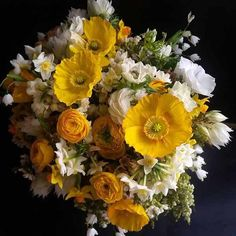 393 Best Yellow Flower Arrangements Bouquets Images Wedding