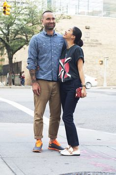New York Streetstyle. New York couples street style. Photo by Elina Simonen.  http://www.yhdenmiehentyyli.com #menswear