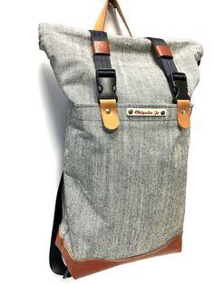 Rucksack aus aus aus Segeltuch Natur (Canvas) und Leder.  Dieser Rucksack ist handgemacht wie alle unsere Produkte.  Er bietet dir viel Platz und besteht, aus robusten Materialien wie Leder und...