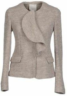 GOLD CASE Beige wool jacket