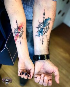 Compass, Windrose, Arrow Tattoo - Tattoo World - # Arrow . - Compass, Windrose, Arrow Tattoo – Tattoo World – - Forearm Tattoos, Body Art Tattoos, Small Tattoos, Sleeve Tattoos, Cool Couple Tattoos, Hot Tattoos, Tatoos, Small Arrow Tattoos, Cool Tattoos For Guys