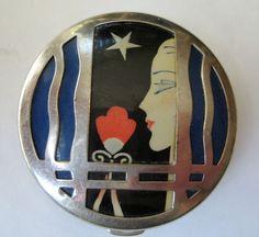Vintage Art Decó Karess compact