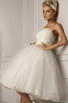 weddingdress-obsession:    Cute short wedding dress