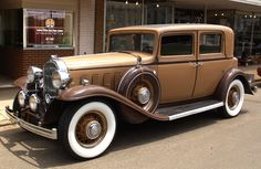 Old cars picture