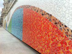 apple store barcelona paseo gracia muro modernista lateral