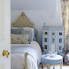 child's powder blue bedroom